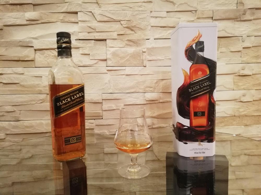 test blended whisky - johnny walker black label